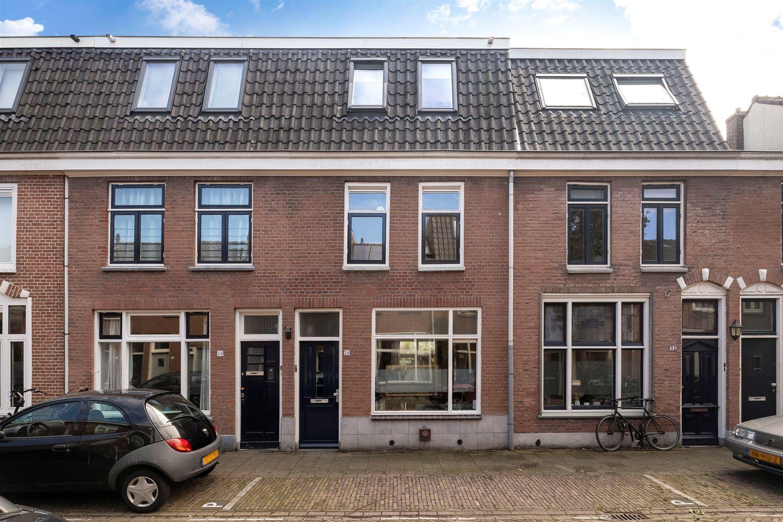 Bekijk foto 1 van Van den Boschstraat 30