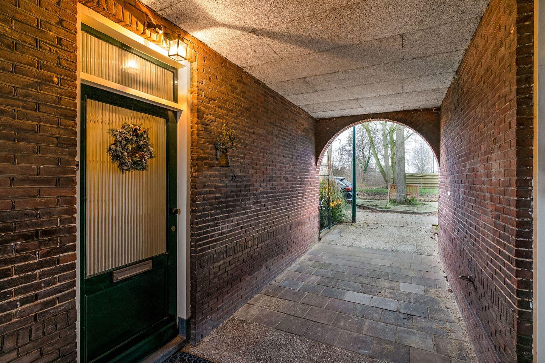 Bekijk foto 2 van Linschoterweg 13