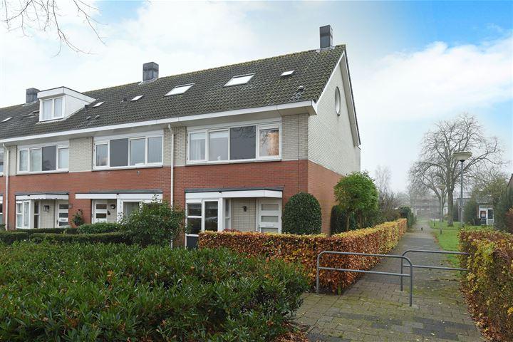 J. Houtmanstraat 26