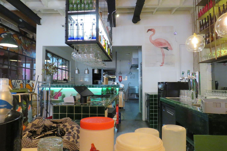 Bekijk foto 4 van Tweebaksmarkt 47