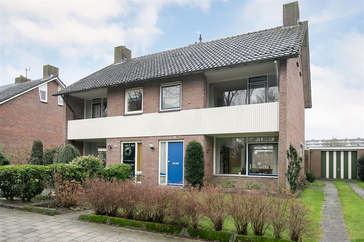 Johanna van Burenlaan 26