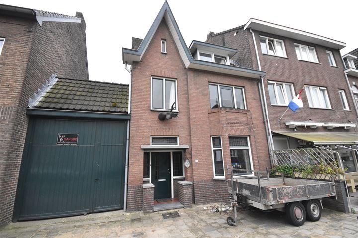 Vroenhof 11
