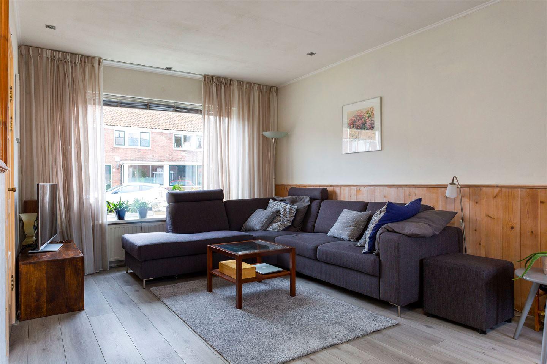 Bekijk foto 3 van Vermeerstraat 52