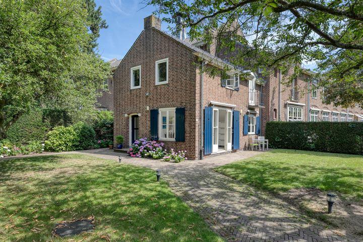 Arie de Waalstraat 4, Huizen