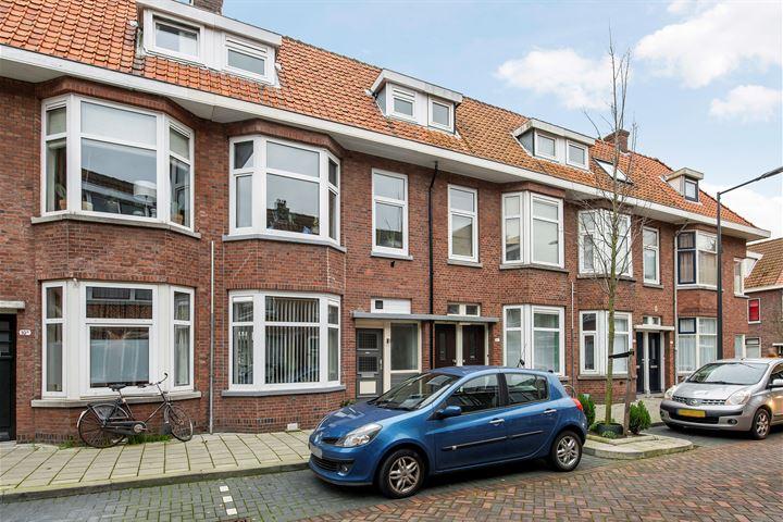 J A Alberdingk Thijmstraat 8