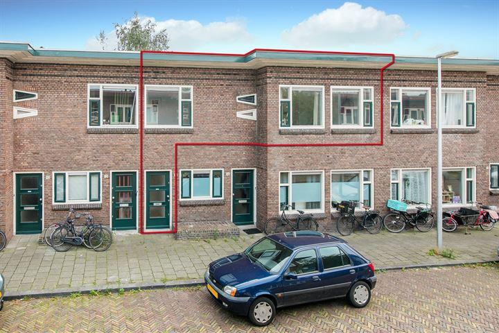 J.D. van der Waalsstraat 14