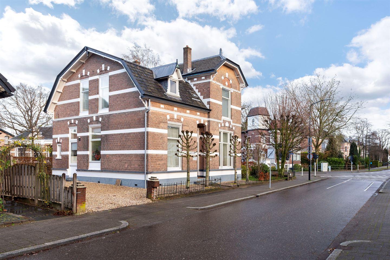 Bekijk foto 4 van Prof. Röntgenstraat 21