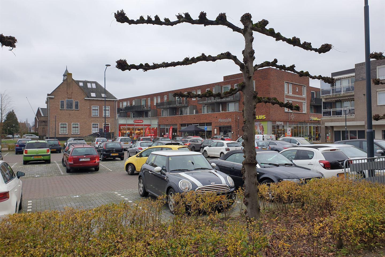 Bekijk foto 3 van Raadhuisplein 32