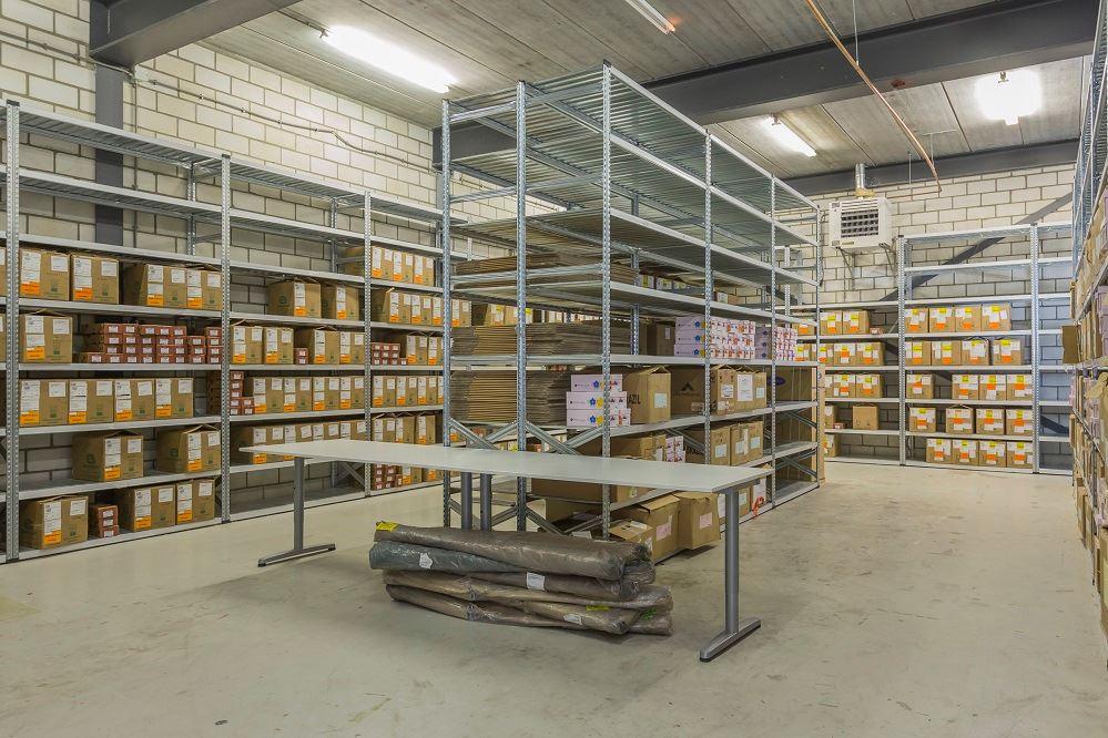 Bekijk foto 2 van Nieuwenhuizenweg 13 -A