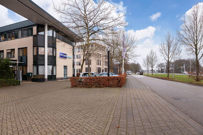 Bekijk foto 2 van Piet Heinstraat 11 *