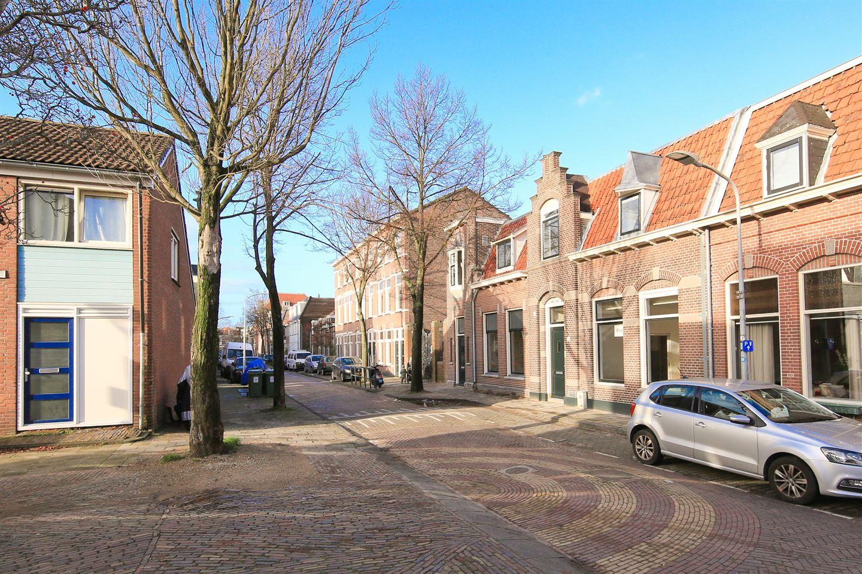 Bekijk foto 2 van Linschotenstraat 61