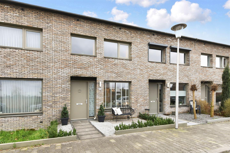 Bekijk foto 1 van Brouwershavenstraat 45