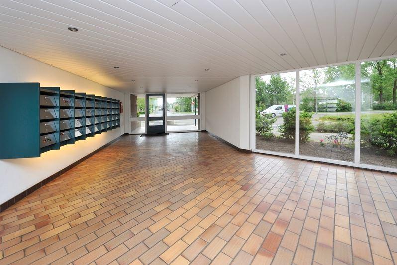 Bekijk foto 2 van Groningensingel 735