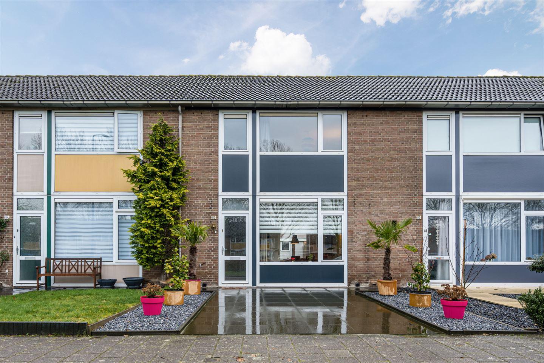 Bekijk foto 1 van Vlaanderenstraat 112