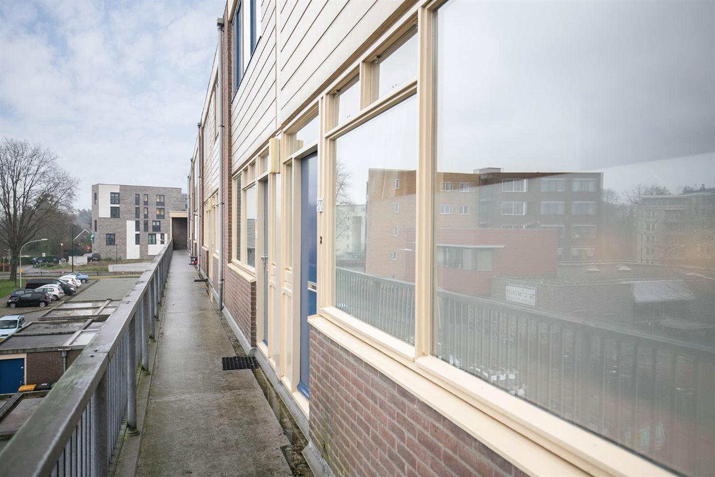 Bekijk foto 3 van Doornenburg 370