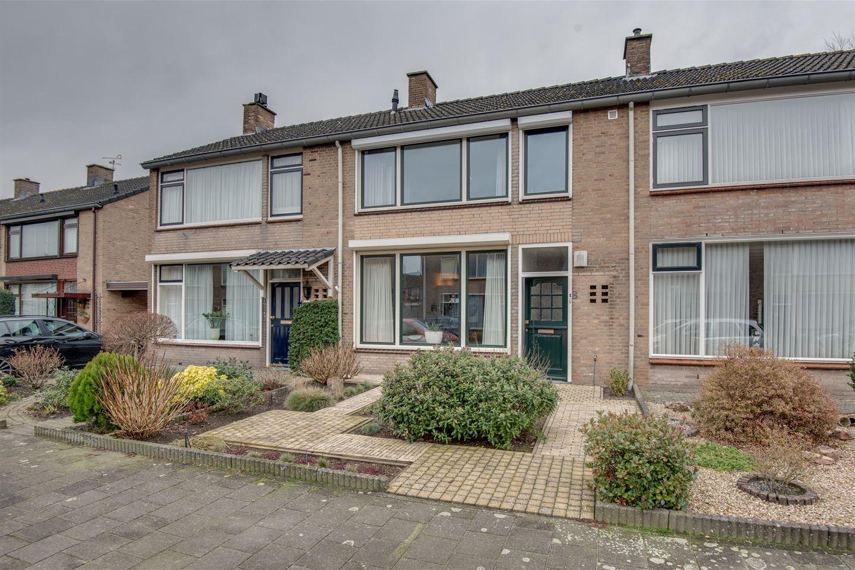 Bekijk foto 1 van Diepenbrockstraat 8