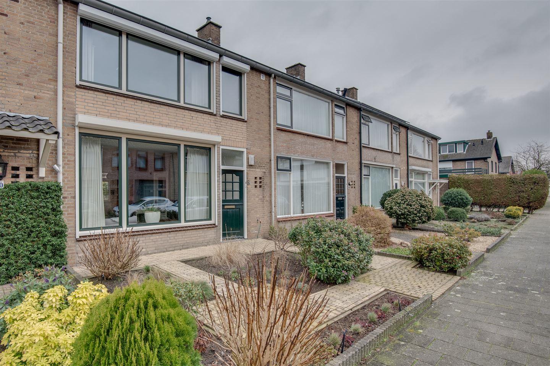 Bekijk foto 2 van Diepenbrockstraat 8