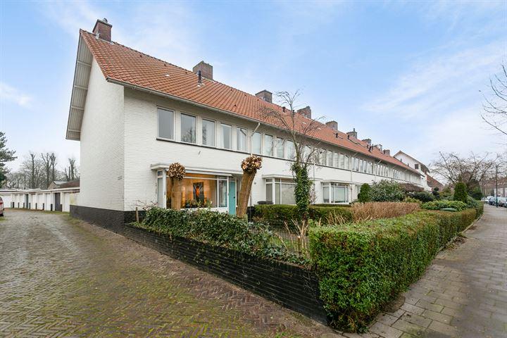 Petrus Dondersstraat 25