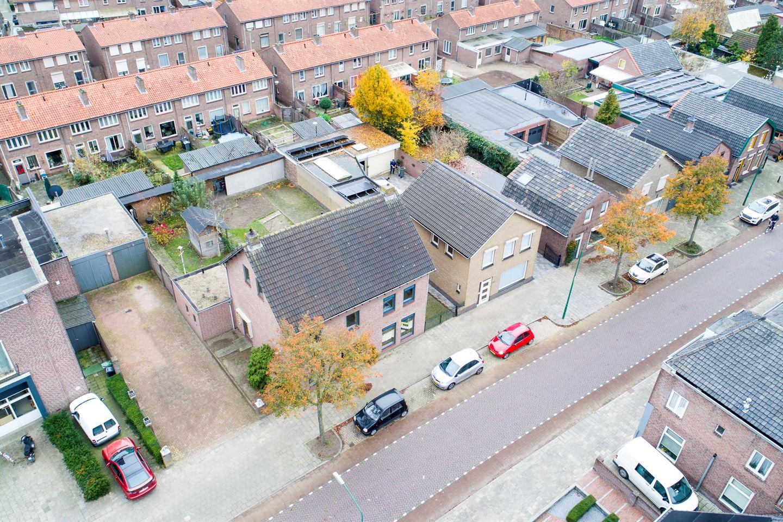 Bekijk foto 2 van Berghemseweg 139
