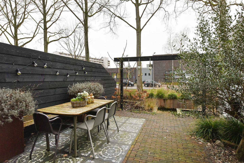 Bekijk foto 3 van Anton Geesinkstraat 63