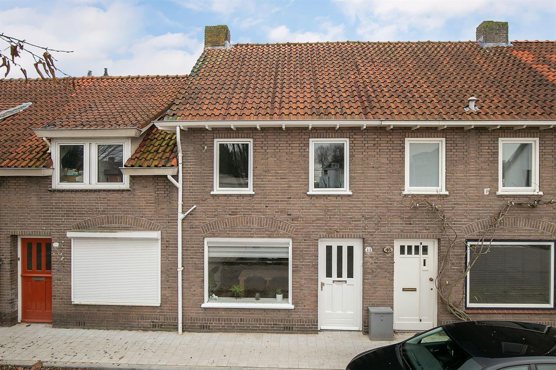 Bekijk foto 1 van Van de Coulsterstraat 44