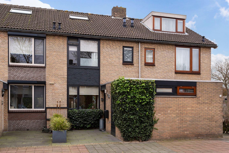 Bekijk foto 1 van Van Wijngaardestraat 56