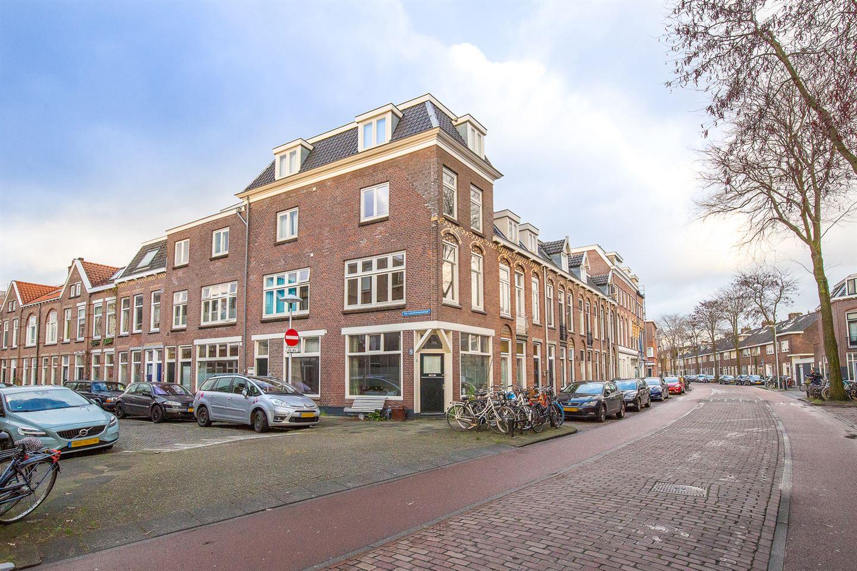Bekijk foto 1 van Van Leeuwenhoeckstraat 1 C