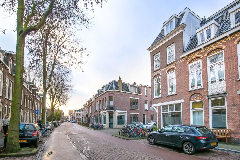 Bekijk foto 2 van Van Leeuwenhoeckstraat 1 C