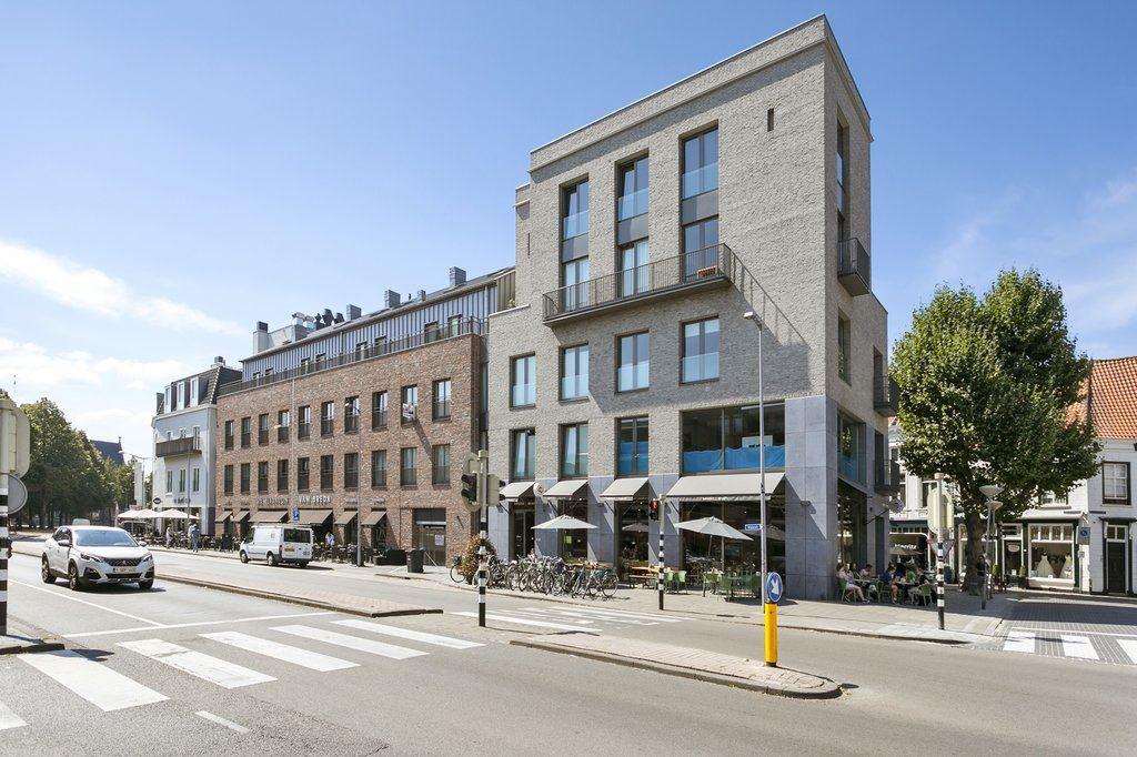 Bekijk foto 1 van Wijngaardhof 4