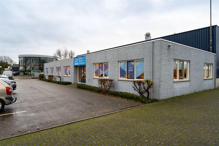Wethouder Raamsstraat 5, Almkerk