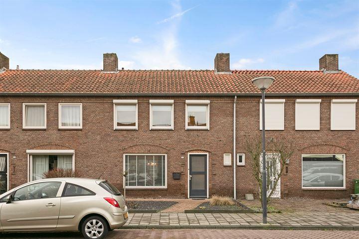 Albrecht Rodenbachstraat 4