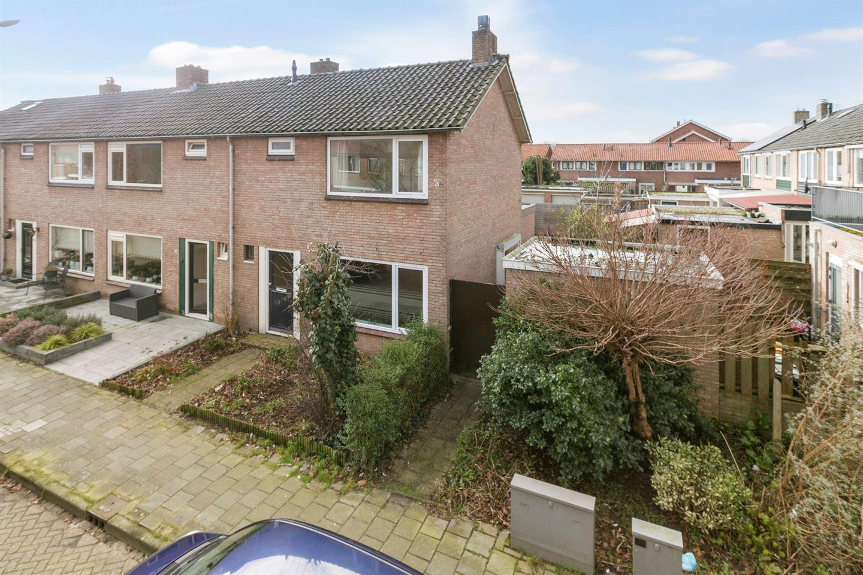 Bekijk foto 1 van van Vredenstraat 31