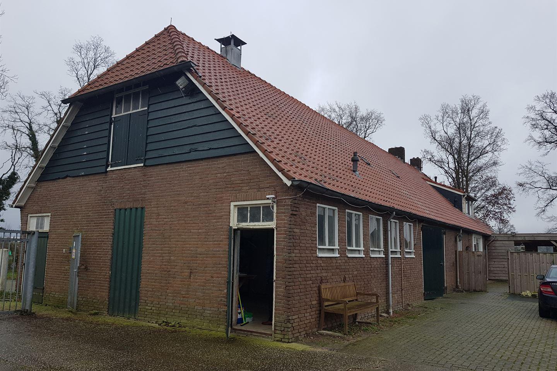 Bekijk foto 2 van Oosterringweg 37