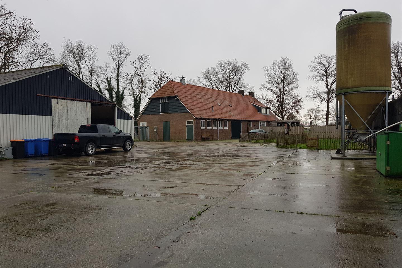Bekijk foto 4 van Oosterringweg 37