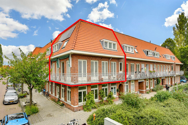 Bekijk foto 1 van Johannes van der Waalsstraat 41 1