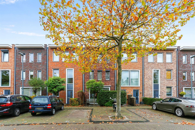 View photo 1 of Hugo de Vrieslaan 37