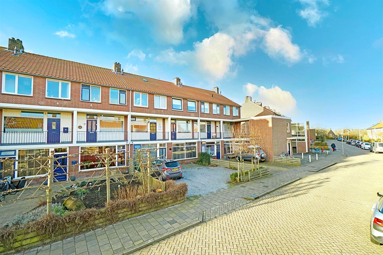 Bekijk foto 2 van Marinus Poststraat 63