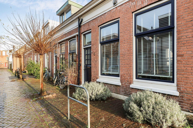 Bekijk foto 3 van Adriaan van Altenastraat 14