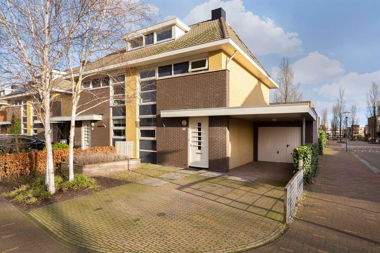 View photo 1 of Hugo de Vrieslaan 82