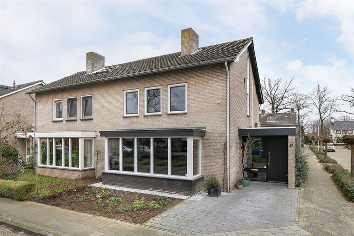Van Ruusbroecstraat 27
