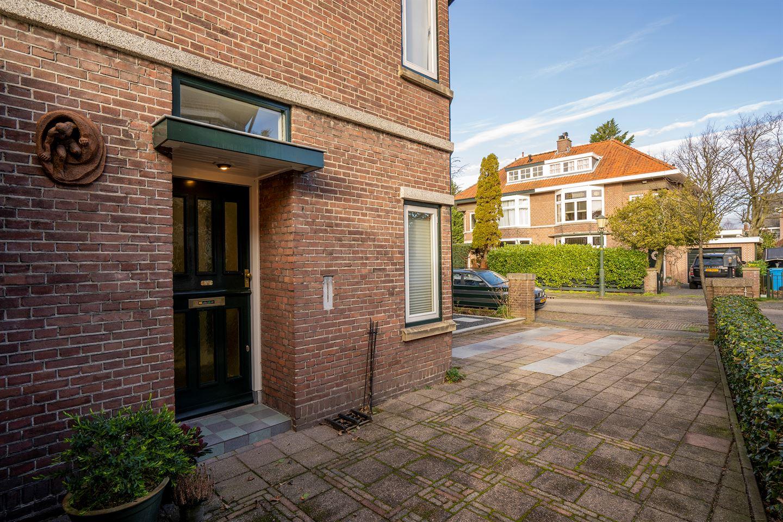 Bekijk foto 3 van Santhorstlaan 72
