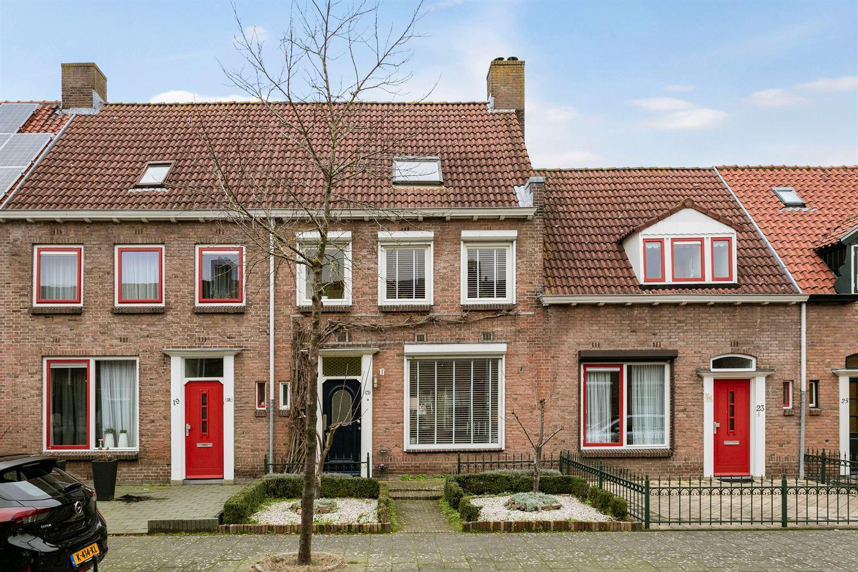 Bekijk foto 1 van Nicolaas Beetsstraat 21