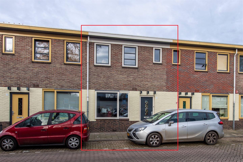 Bekijk foto 2 van Frederik van Eedenstraat 19