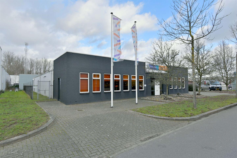 Bekijk foto 2 van Arnsbergstraat 10