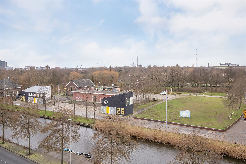 View photo 2 of Haarlemmerweg 299 D