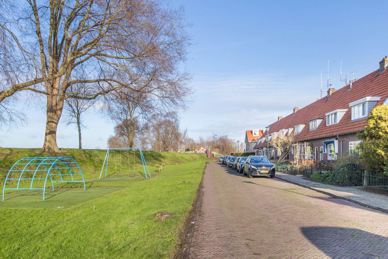 Bekijk foto 2 van Nanne Sluisstraat 11