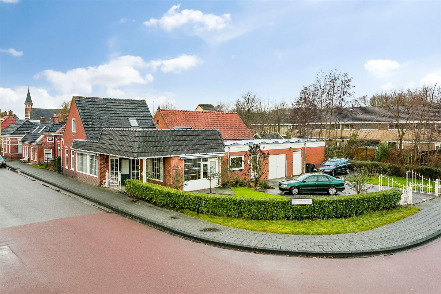 View photo 1 of Leensterweg 21