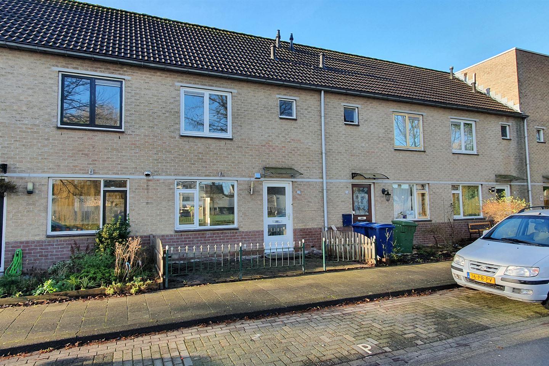 Bekijk foto 1 van Daniël Stalpaertstraat 33