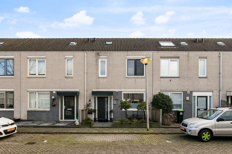 Bekijk foto 1 van Maria Doorman-Kielstrastraat 43