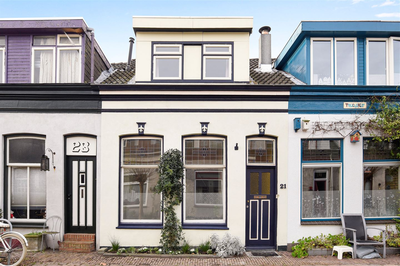Bekijk foto 1 van Anthonie Camerlingstraat 21